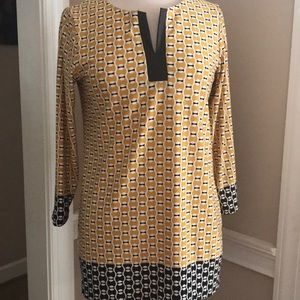 Sunny Leigh Tunic Top in gold&black pattern sz S